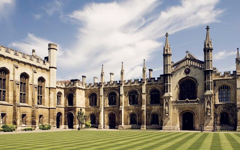 2018年剑桥大学暑期项目